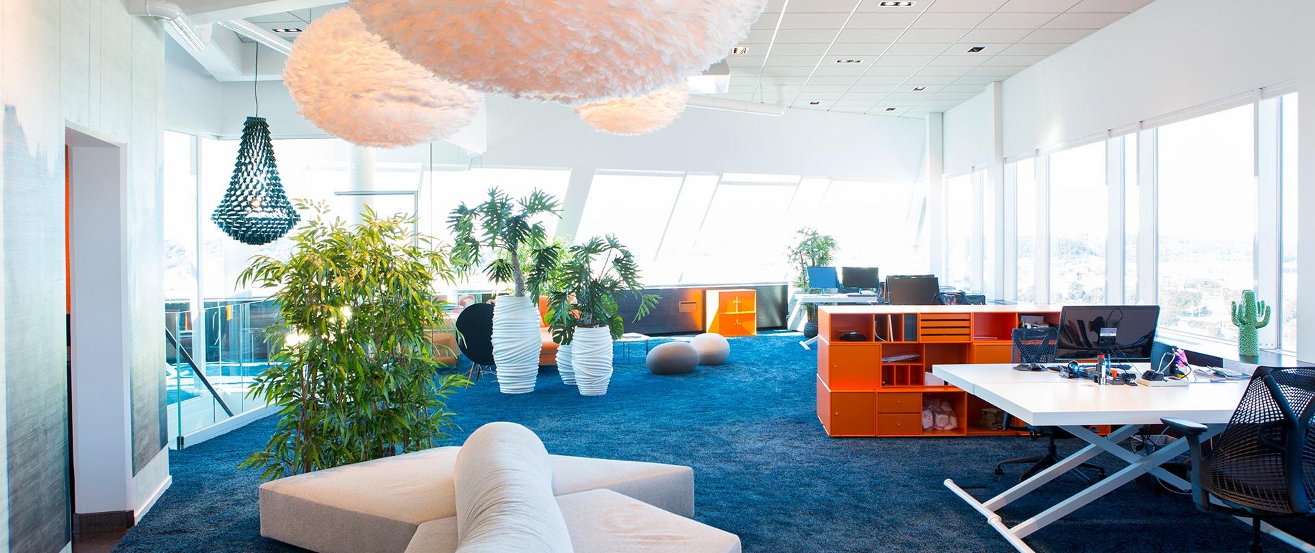 Kontor och skrivbord i inspirerande miljö hos PM Flex Holding