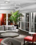 Soffa i loungemiljö